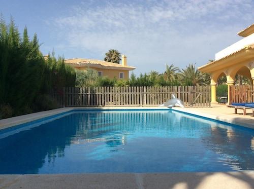 Villa 25, Alicante