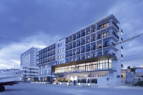 HOTEL LOCUS, Miyakojima