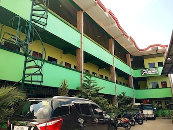 AOSMEC SQUARE HOTEL Exterior
