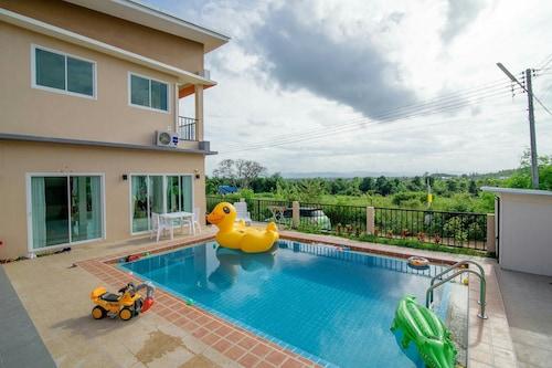 Platoo Pool Villa, Hua Hin