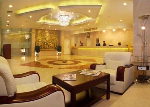 . Hotel DSF GRand PLazas