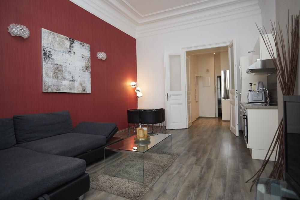 KH Apartments
