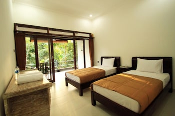 Twin Room, River View
