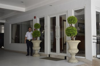 GRAND ISABELLA RESIDENCES Property Entrance