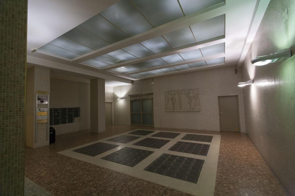 Heart of Vienna Opera House Studio