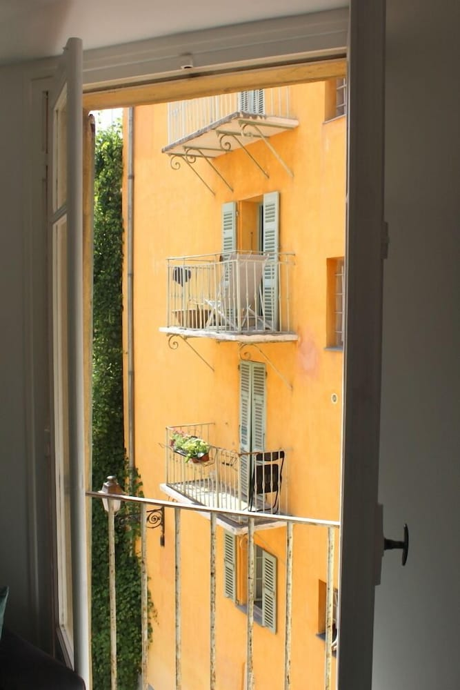 Nice Booking-Atelier Vieux Nice Terrasse
