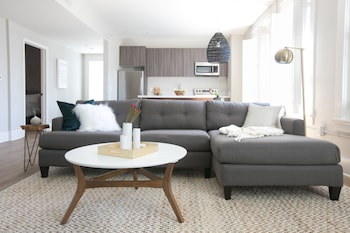 Incredible 1BR in Gaslamp Quarter by Sonder photo