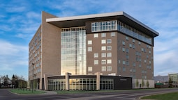 Holiday Inn Express & Suites Saskatoon East - University, an IHG Hotel