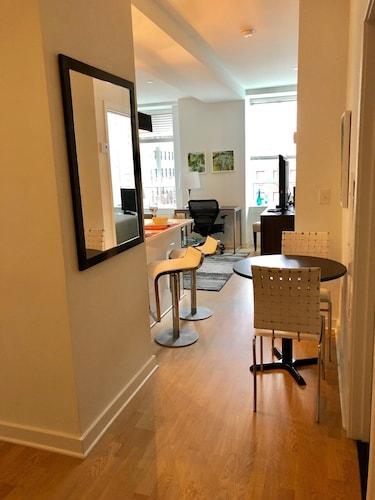 Cook City Suites - 1616 Walnut Street, Philadelphia