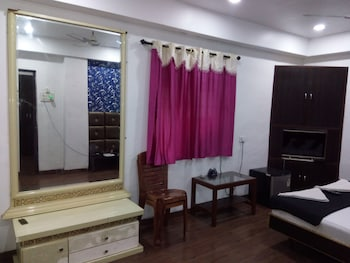 Deluxe Triple Room, 1 Double Bed