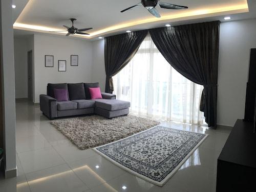 Glamora Putrajaya Homestay, Kuala Lumpur