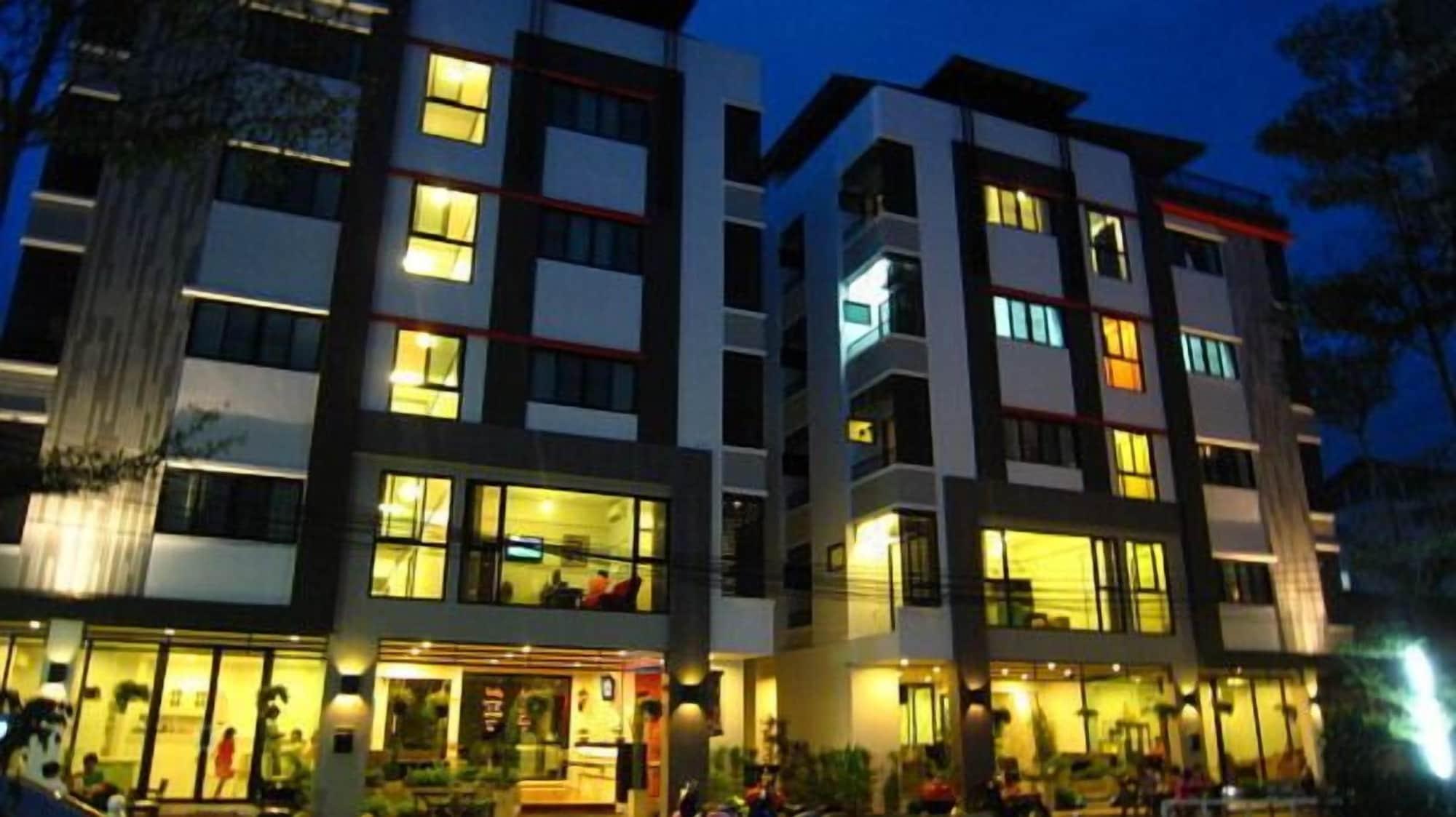 Centana Apartment, Chatuchak
