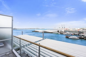 2BR 2 Level Penthouse with Seaviews photo