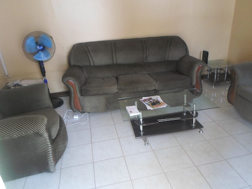 Comfy One bed Apartments, Kampala