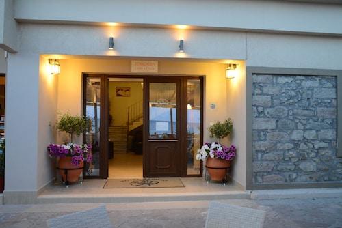 . Sappho Hotel