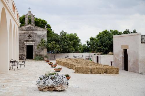 . Masseria Fontana di Vite