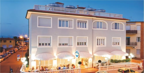 __{offers.Best_flights}__ Hotel Il Settebello
