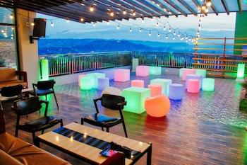 NEW DAWN HOTEL PLUS Bar