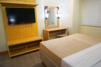NEW DAWN HOTEL PLUS Room Amenity