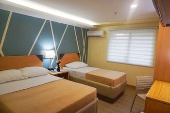 NEW DAWN HOTEL PLUS Room