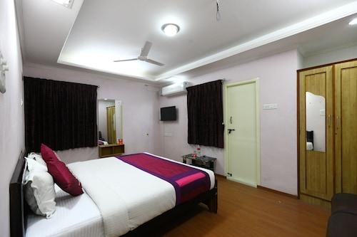 OYO 6732 Dheeran Residency, Coimbatore