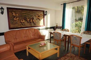 海明根別墅飯店