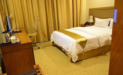 . Hotel Gloria Inn