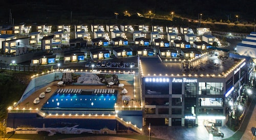 Arte Resort Spa & Pool Villa, Sacheon
