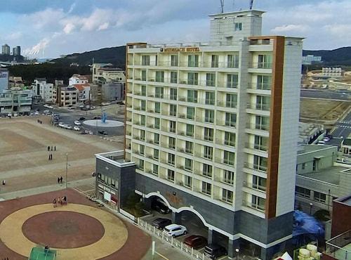 Mud Beach Hotel, Boryeong
