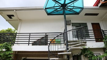 CHARM GUEST HOUSE - HOSTEL Puerto Princesa Palawan