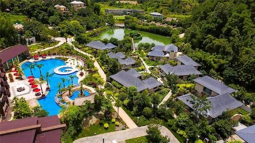 HTYC Hotel, Lincang