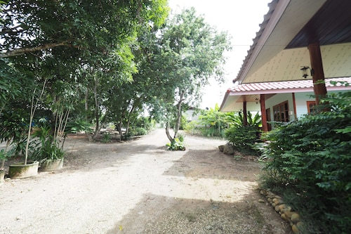 __{offers.Best_flights}__ Pua Sabai Resort