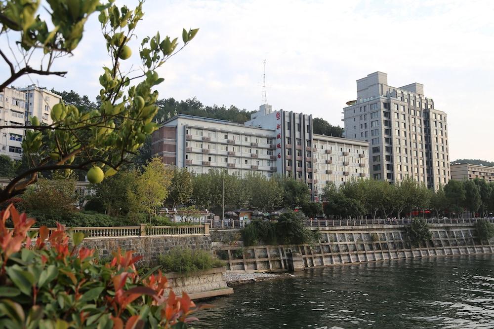 チェンダオフ ソンチェン ホテル