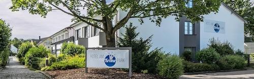 . Hotel am Krone-Park