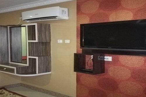 HOTEL POP LIFE, Bheri
