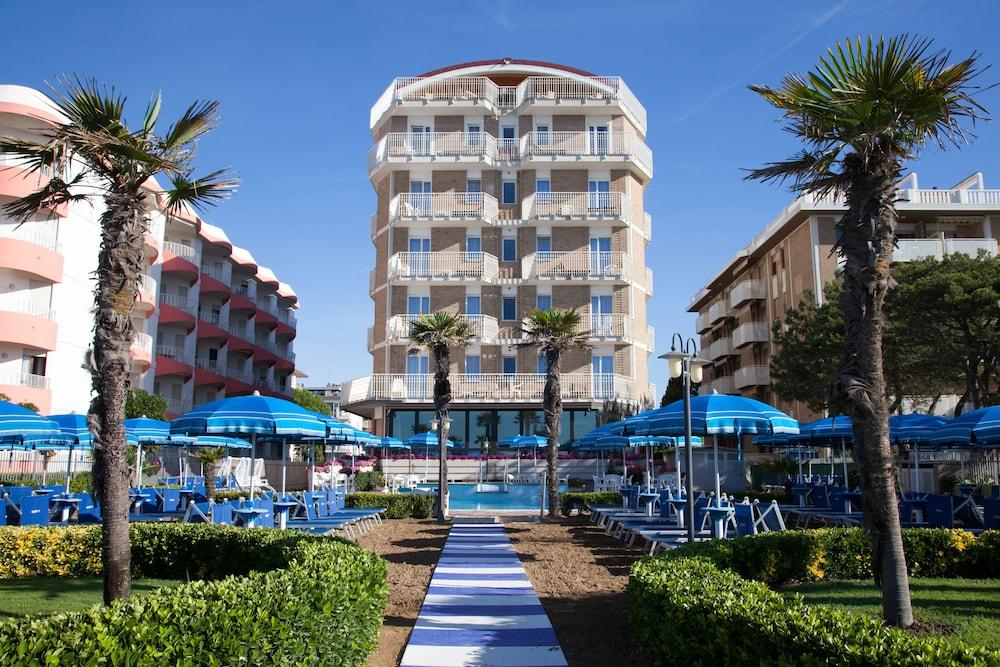 Regent's Hotel