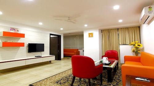 HOTEL SANTOSH DHAM, Mathura