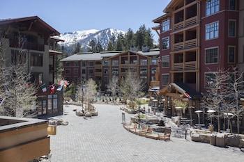 Village 2416 White Mountain Lodge