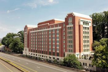 阿靈頓羅斯林基橋希爾頓欣庭飯店 Homewood Suites by Hilton Arlington Rosslyn Key Bridge