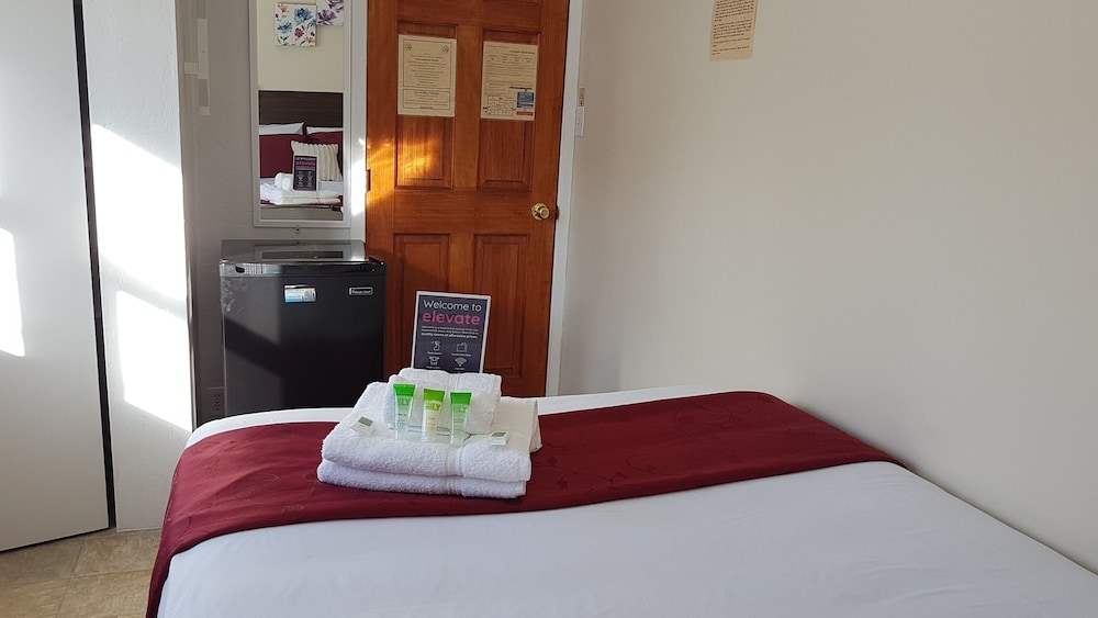 Preferred Rooms by Crestview Guest House, Sudbury