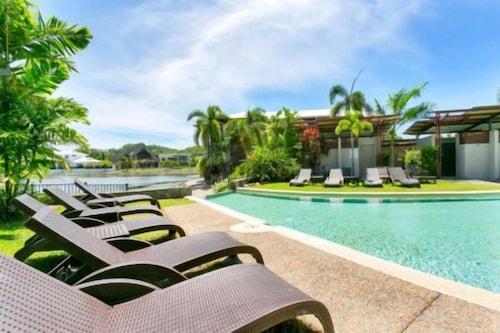 Cedar Lodge, Cairns - Northern Suburbs