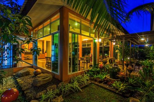 Tamali Hotel, Phra Phrom