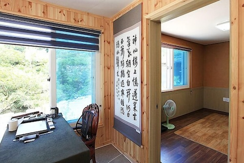 Gapyeong Heights 500 Pension & Campground, Hwacheon