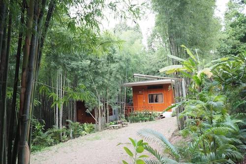 Huen Sala Homestay, Pua