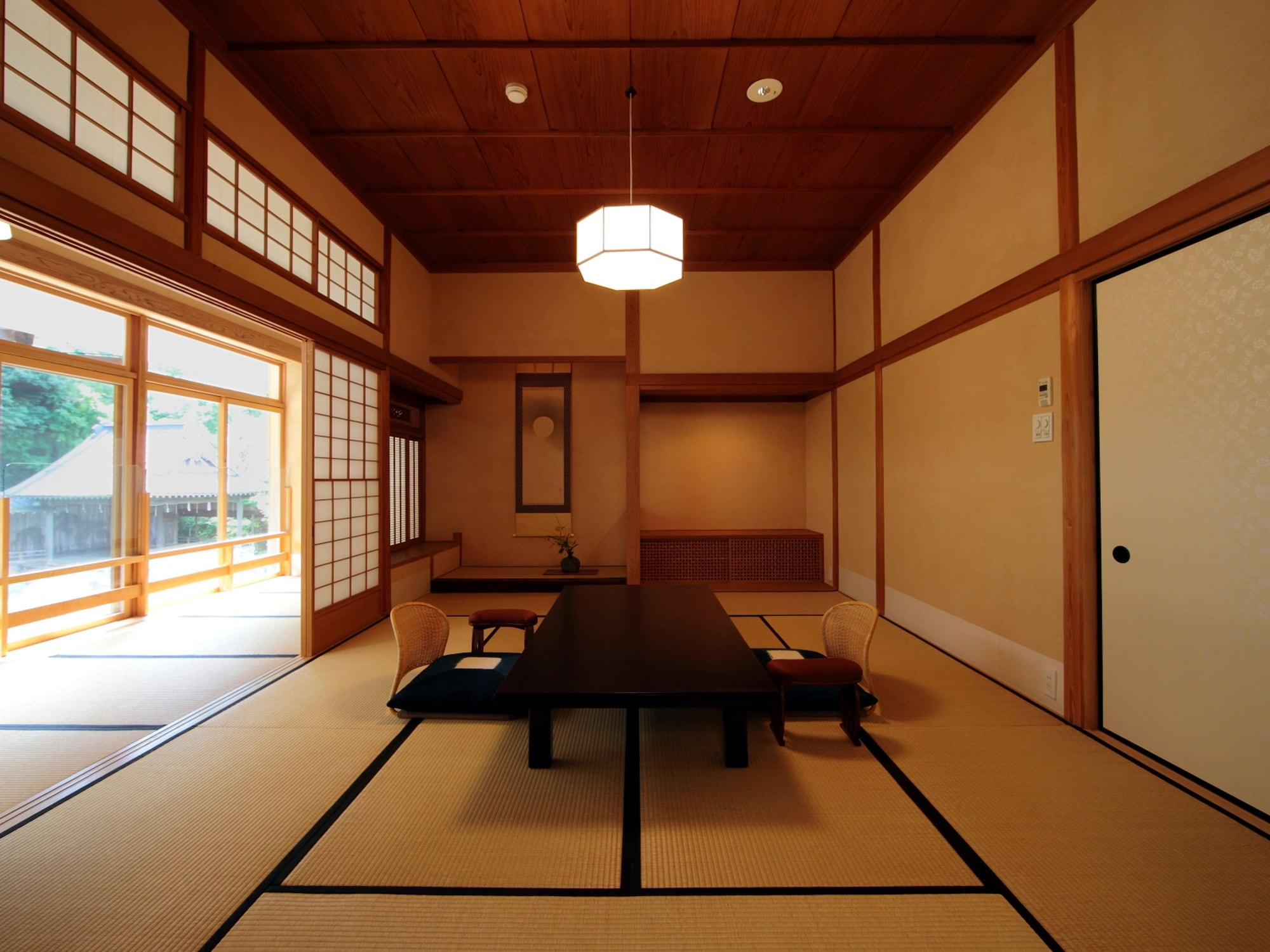 Suite, Traditional Tatami-style, Pond View, Room name