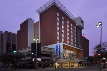 Hilton Garden Inn San Antonio Downtown photo
