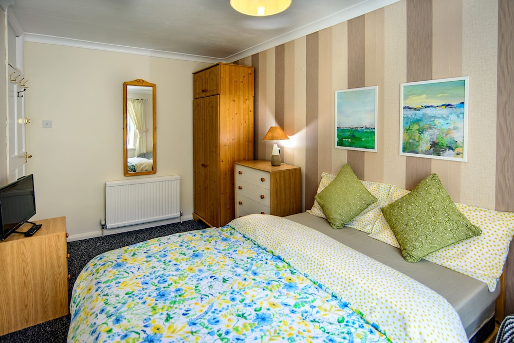 Carys Serviced Accommodation, Swansea