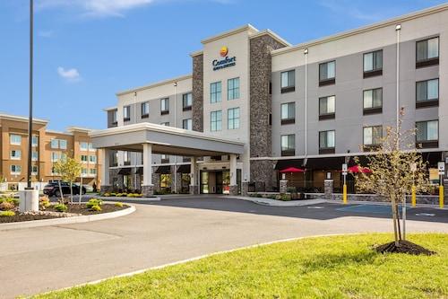 . Comfort Inn & Suites Niagara Falls Blvd USA