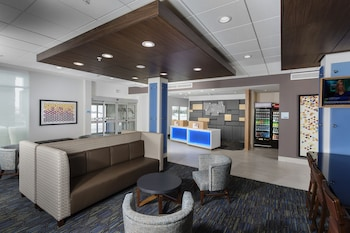 Holiday Inn Express & Suites West Des Moines - Jordan Creek photo