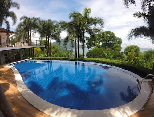 . Villas by Eco Hotel Batangas